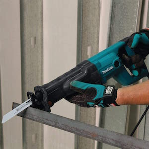 Makita JR3050T Sierra De Sable Electronica 1010W