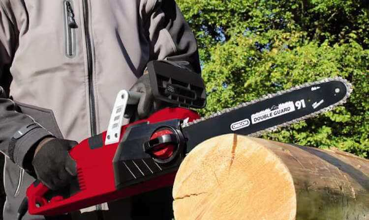 einhell-expert-electric-chain-saw-ge-ec-2240-s-einsatzbild-13
